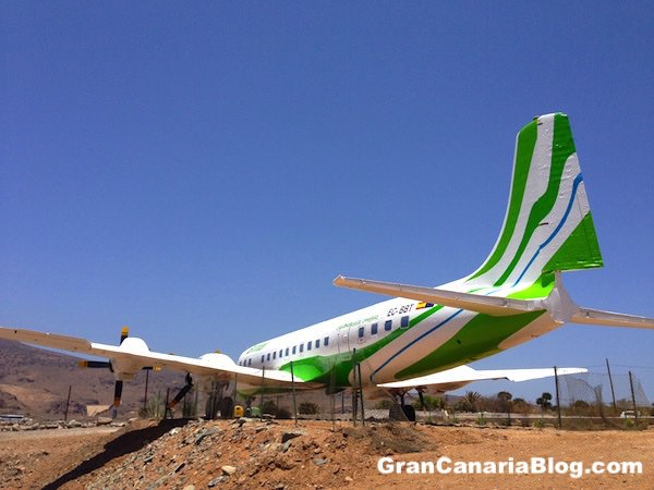 Binter Canarias Douglas DC7C