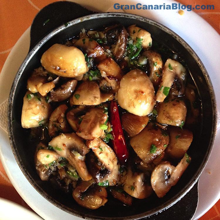 Restaurante Acaymo Mogan Gran Canaria - garlic mushrooms