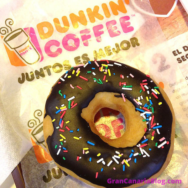 Dunkin Coffee Gran Canaria Chocolate donut with sprinkles