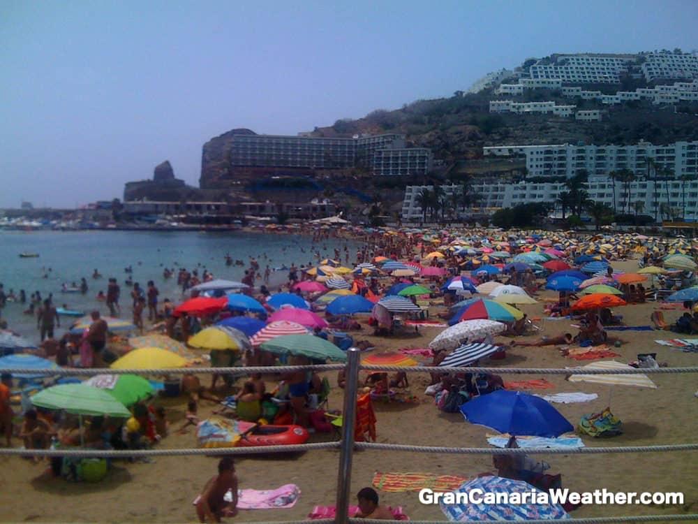 Gran Canaria Weather June Puerto Rico Beach Busy 2011