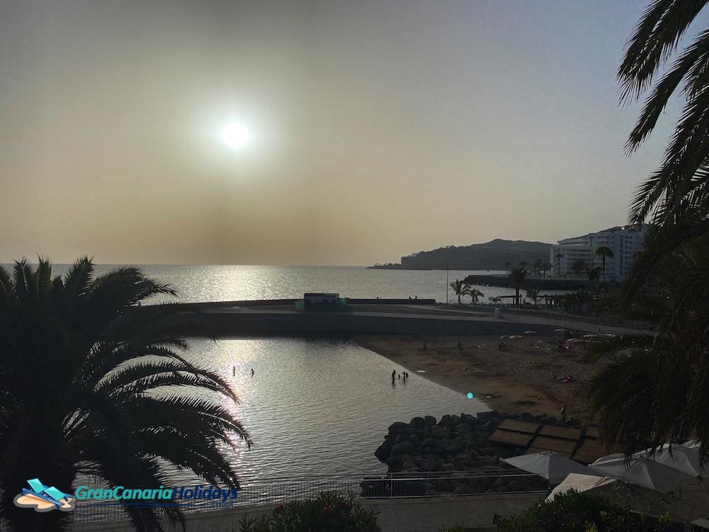 Hazy Night on Costa Alegre Beach Arguineguin | Gran Canaria Weather June 2021